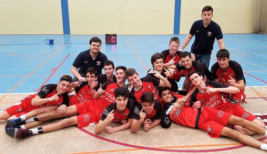 ¡Campeones! El Colegio Leonés gana la liga cadete masculino de Castilla y León