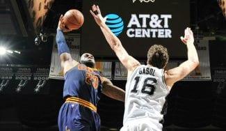 Los Spurs dejan a los Cavs sin liderato: Pau, triplista infalible… y póster de LeBron (Vídeo)