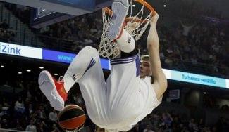 Luka Doncic fantasea con 'posterizar' a LeBron James