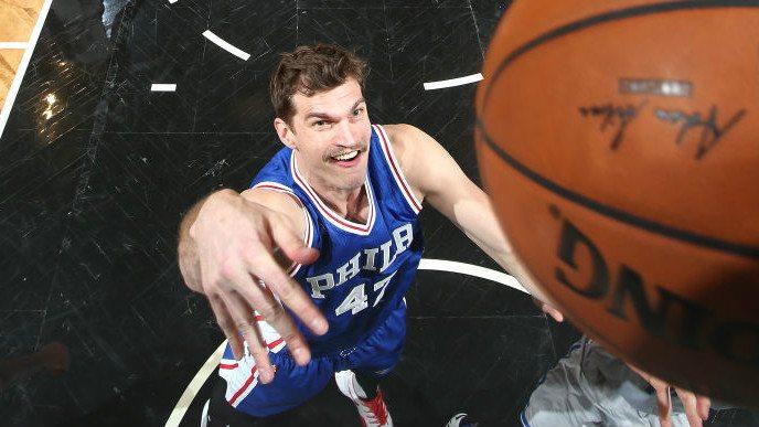 Splitter, cerca de estrenarse en un banquillo… durante el All-Star NBA