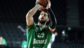 """Shengelia no descarta renovar con Baskonia: """"Pero quiero probar a volver a la NBA"""""""