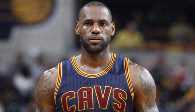 Para guardar: lo mejor de LeBron James en sus 12 participaciones en los playoffs (Vídeo)