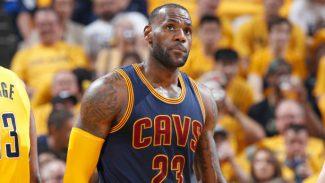 Remontada histórica de los Cavs con LeBron estelar: triple-doble y supera a Kobe (Vídeo)