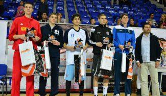 Una promesa del Estudiantes se cuela en el Quinteto Ideal del Torneo de Zrejanin (Vídeo)