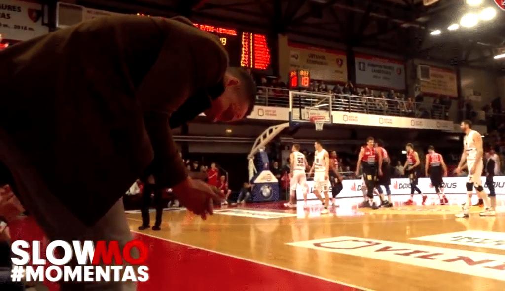 Tapón bestial de Drew Gordon en Lituania: le aplaude su hermano NBA en la grada (Vídeo)