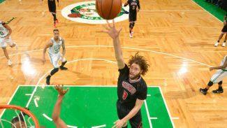 Robin Lopez firma el peor lanzamiento de la temporada en la derrota de los Bulls (Vídeo)