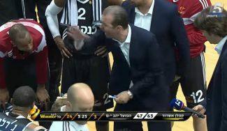 Pianigiani estalla en otra derrota del Hapoel: broncazo a gritos en el tiempo muerto (Vídeo)