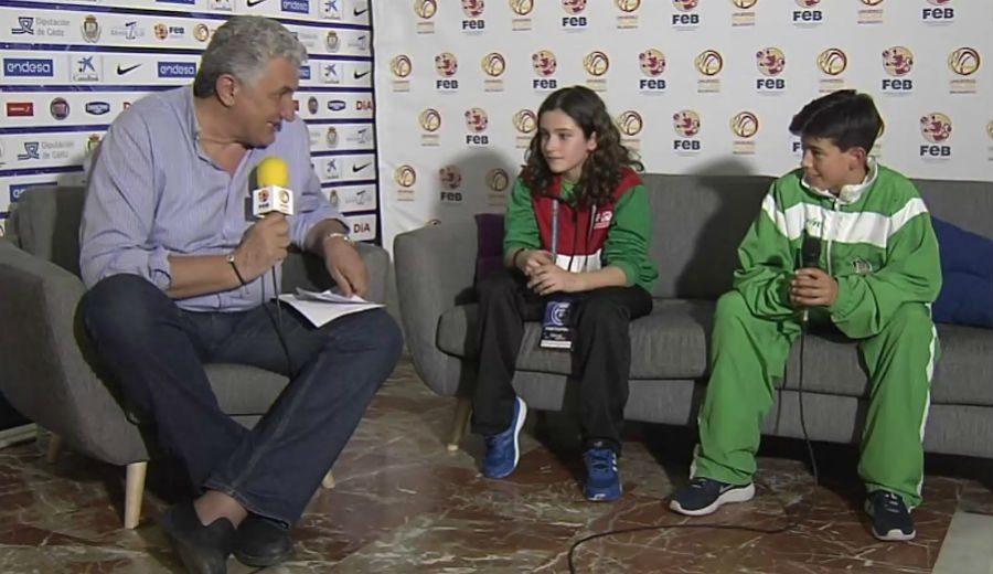Planeta Mini: Naia Galván, del País Vasco, y Álvaro Fernández, de Andalucía, con Romay