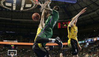 Eyenga revoluciona al Carpena: debuta con mate brutal y récord anotador ACB (Vídeo)
