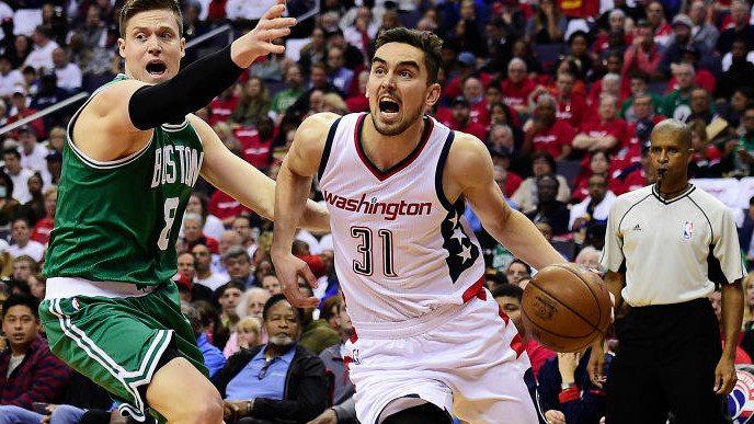 Los Wizards empatan a Boston con parcial de 26-0: canasta circense de Satoransky (Vídeo)