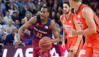 Renfroe resucita al Barça: bonito rectificado de Vezenkov y taponazo de Claver (Vídeo)