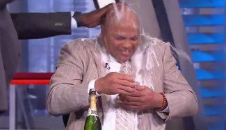 Emmys del deporte: emotivo recuerdo a Craig Sager y baño de champán a Barkley (Vídeos)