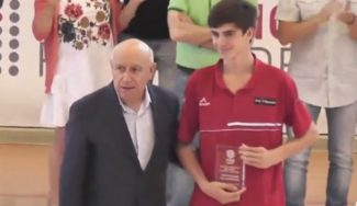 El gran dominador de Cambados: Álvaro Martínez, del Basket Zaragoza, se lleva los premios individuales