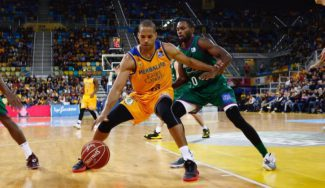 Eulis Báez no caduda: partidazo para ganar al Maccabi