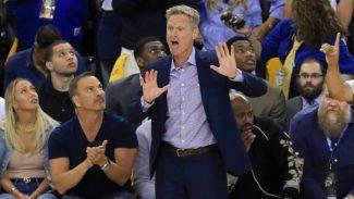 """""""Perdimos un 2-0 el año pasado"""". Kerr pide prudencia y Curry explica su rotura a LeBron"""