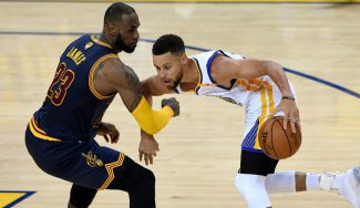 Los Warriors ponen el 2-0: Durant lidera y Curry se divierte a costa de LeBron (Vídeo)