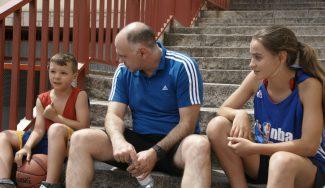 ¡Increíble! Pablo Laso y dos niños nos explican el 4º día del Jr NBA Gigantes Camp (Vídeo)