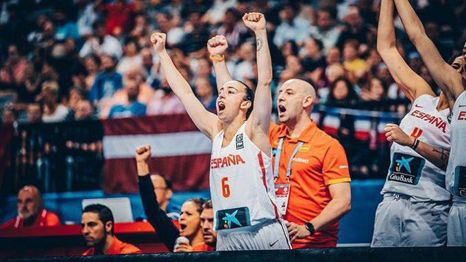 España barre a Letonia en cuartos y luchará por las medallas: Torrens y Xargay se salen
