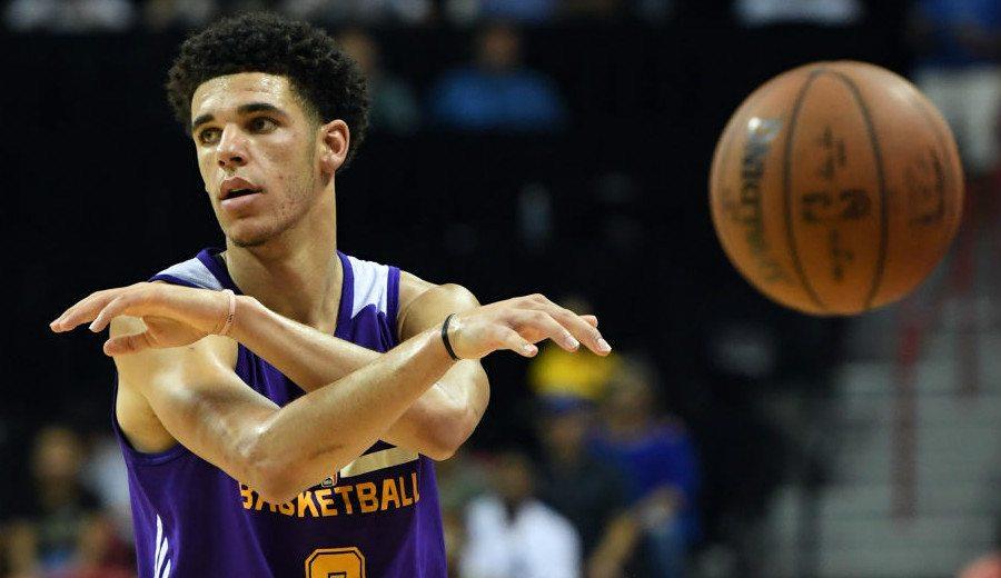 Lonzo Ball mete a los Lakers en la final de la Liga de Verano: doble-doble y lesión (Vídeo)