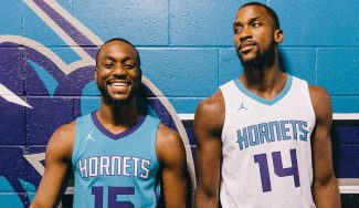 Los Hornets presentan un uniforme histórico: primer equipo USA en vestir la marca Jordan
