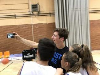 ¿Cómo es el día a día en los Campus Gigantes? Richotti y 4 niños te lo explican (Vídeo)