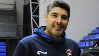 El ex ACB Lucas Victoriano da el salto a Liga Nacional: entrenará a Estudiantes Concordia