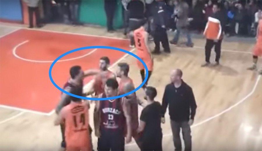 """El ex ACB Gabi Fernández noquea a un rival en Argentina: """"Estoy muy arrepentido"""" (Vídeo)"""