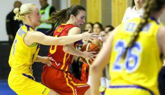 España se estrena a lo grande en el Europeo Sub-18: Iris Junio lidera la paliza a Suecia