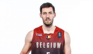 El Madrid le sigue la pista: Van Rossom brilla en su estreno triunfal del Eurobasket (Vídeo)