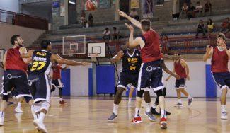 El UCAM Murcia finaliza un amistoso sin rival tras la agresión a uno de sus jugadores