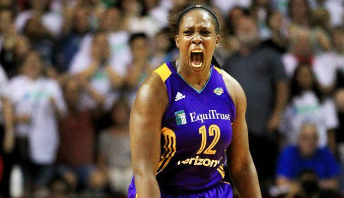 Una ex Uni Girona y MVP de Liga Femenina decide el estreno de la final WNBA (Vídeo)