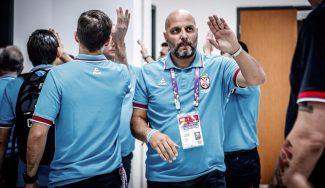 """Djordjevic se queja de los árbitros y elogia a Eslovenia por jugar a """"velocidad de la NBA"""""""
