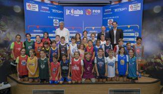 Jorge Garbajosa y Chus Bueno, manos inocentes en el Draft de la III Jr. NBA FEB de Madrid