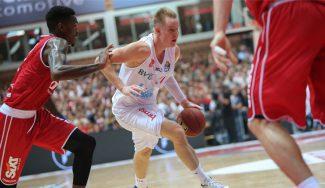 Dos ex ACB tumban al campeón Brose en el debut en Alemania: Benzing, 23 puntos (Vid)