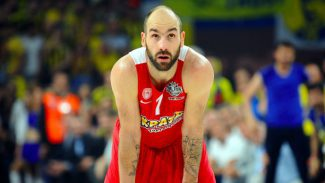 """Spanoulis se rinde a Doncic: """"Es el tipo de  jugador que aparece una vez cada 50 años"""""""