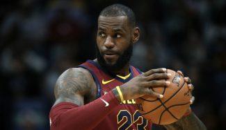"""LeBron pide calma tras la debacle de los Cavs ante los pívots de Pelicans: """"Estamos bien"""""""
