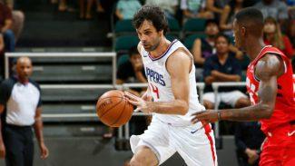 Milos Teodosic seguirá una temporada más en la NBA