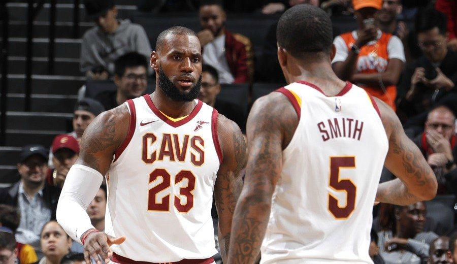 """""""Le dije que eran las zapatillas"""". JR Smith se pone unas LeBron y mete 5 triples (Vídeo)"""