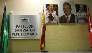 Inaugurado el nuevo pabellón del colegio San Viator: lleva el nombre de Pepe Domaica