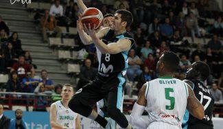 """""""Que nos duela"""". Brizuela pide reflexión tras otro tropiezo del Estu en la Champions FIBA"""