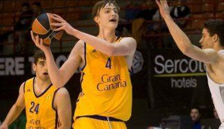 El pívot polaco Olek Balcerowski, jugador más joven en debutar en ACB con el Granca
