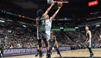 Los Spurs ganan y Kawhi le alaba: doble-doble de Pau para hacer historia