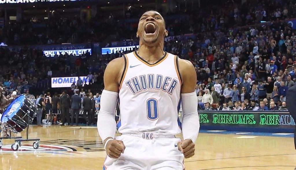 Los Jazz dejan escapar 17 puntos de margen en OKC: triple-doble de Westbrook (Vídeo)