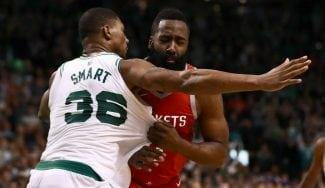 Boston remonta con polémica: dos faltas en ataque y rajada de Harden