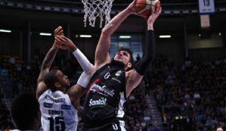 ¡Batalla campal en Italia! Alessandro Gentile y un ex NBA, protagonistas
