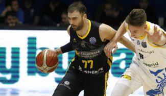 El Canarias neutraliza a un proyecto NBA y se mete en octavos de la BCL