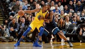«El mejor anotador del mundo»: triple-doble de Durant ante los Wolves