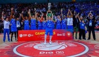 Perfumerías gana la Copa: De Souza ya suma 7 y Robinson tripite MVP