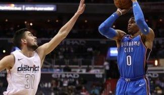 Satoransky frena a Westbrook y se gana grandes elogios: «Increíble»