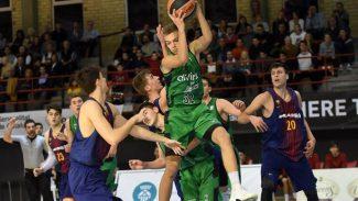 Así juega Arturs Zagars, la perla letona que dirige al junior de la Penya